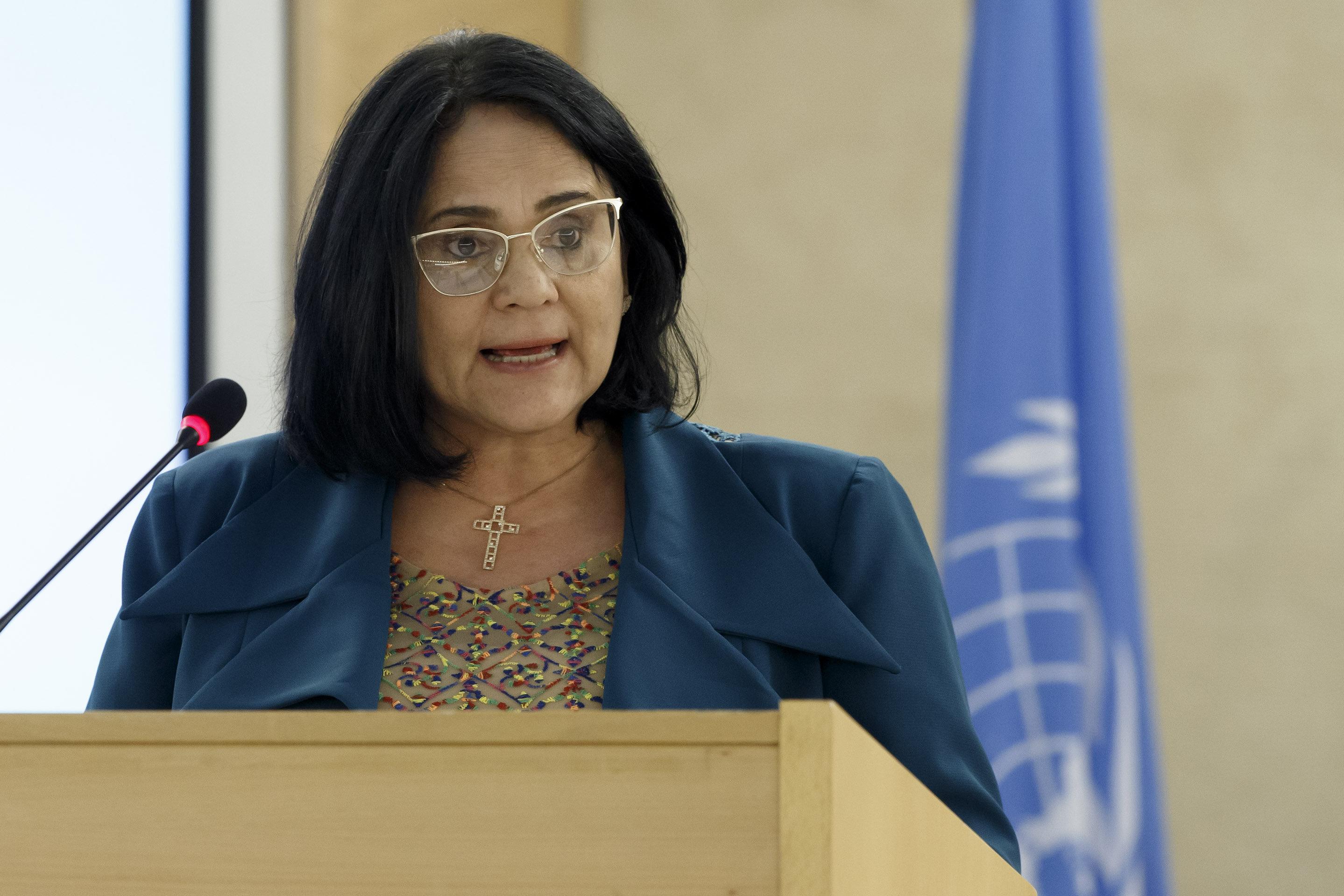 Na ONU, Damares pede esforço conjunto contra violações na