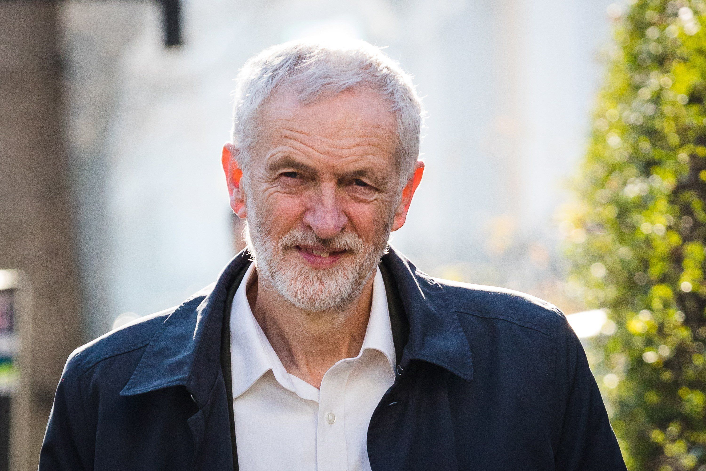 Jeremy Corbyn's amendment rejected — BREXIT VOTE