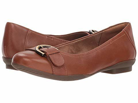 510f5d2ebde45 17 Comfortable Flats You Can Wear With Anything And Walk For Miles ...