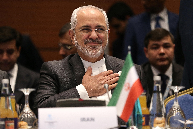 Σύγχυση με την παραίτηση του Υπ.Εξωτερικών του Ιράν - Εκκλήσεις για την παραμονή