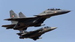 カシミール情勢が緊迫、インド軍がパキスタン支配地域を空爆