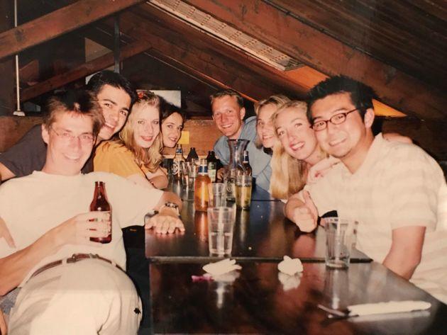 1999年。留学先のオーストラリア・メルボルンにて、友人たちと。