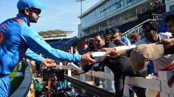 BCCI Wants Players To Not Sign Autographs During