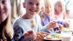 10 táticas que vão ajudar o seu filho a comer