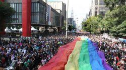 Transexuais e travestis se dizem excluídos da Parada do Orgulho