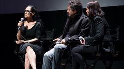 Sonia Braga apoia 'Fora Temer' em sessão de estreia de 'Aquarius' em