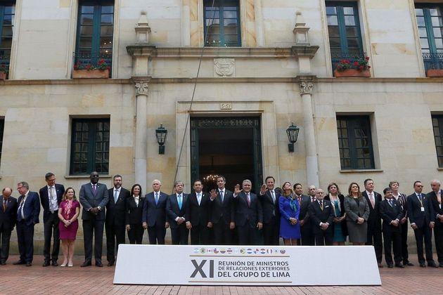 Foto oficial da reunião do Grupo de Lima nesta segunda-feira (25) em