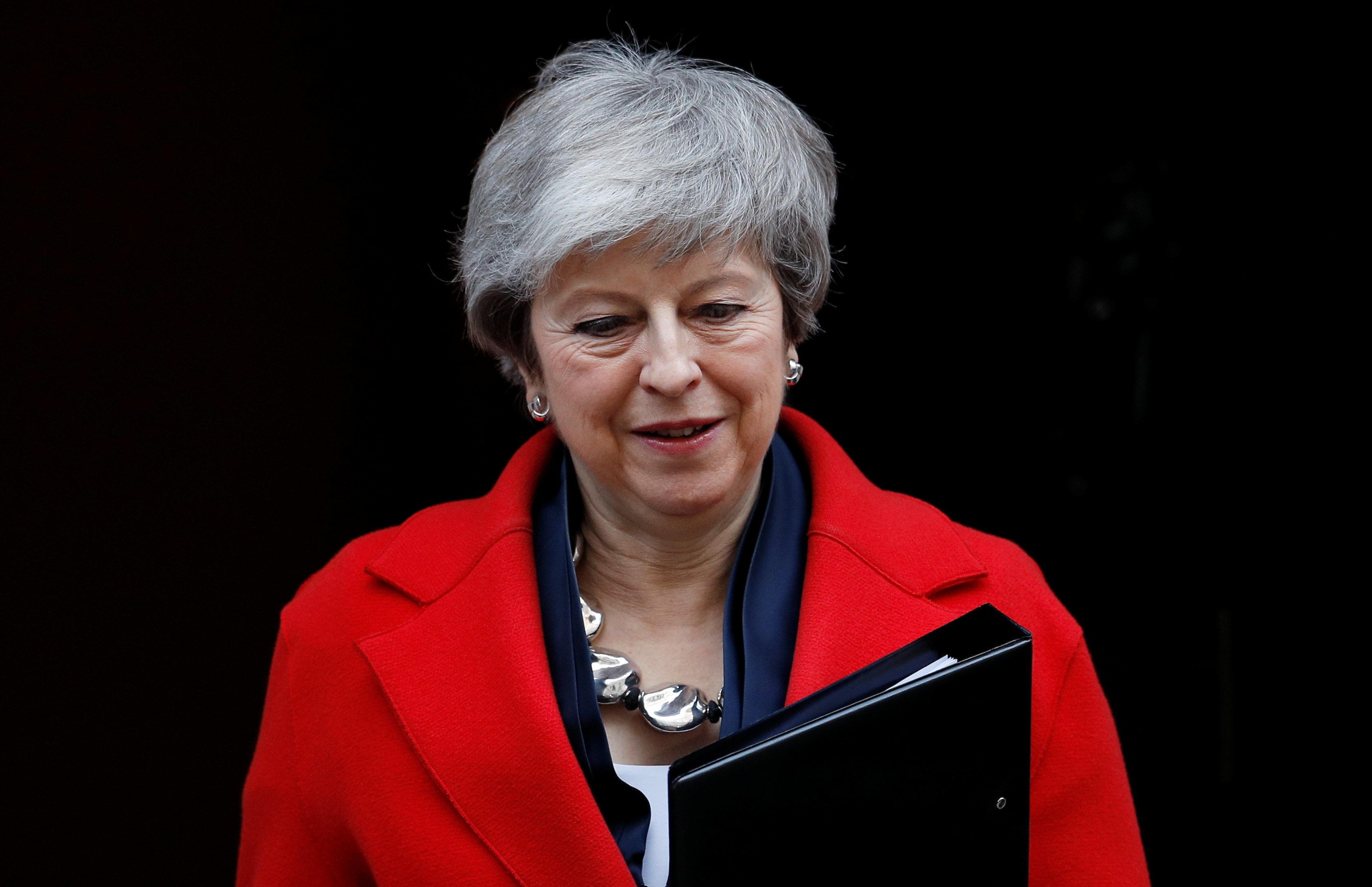 영국 메이 총리가 처음으로 인정했다. 브렉시트 연기도