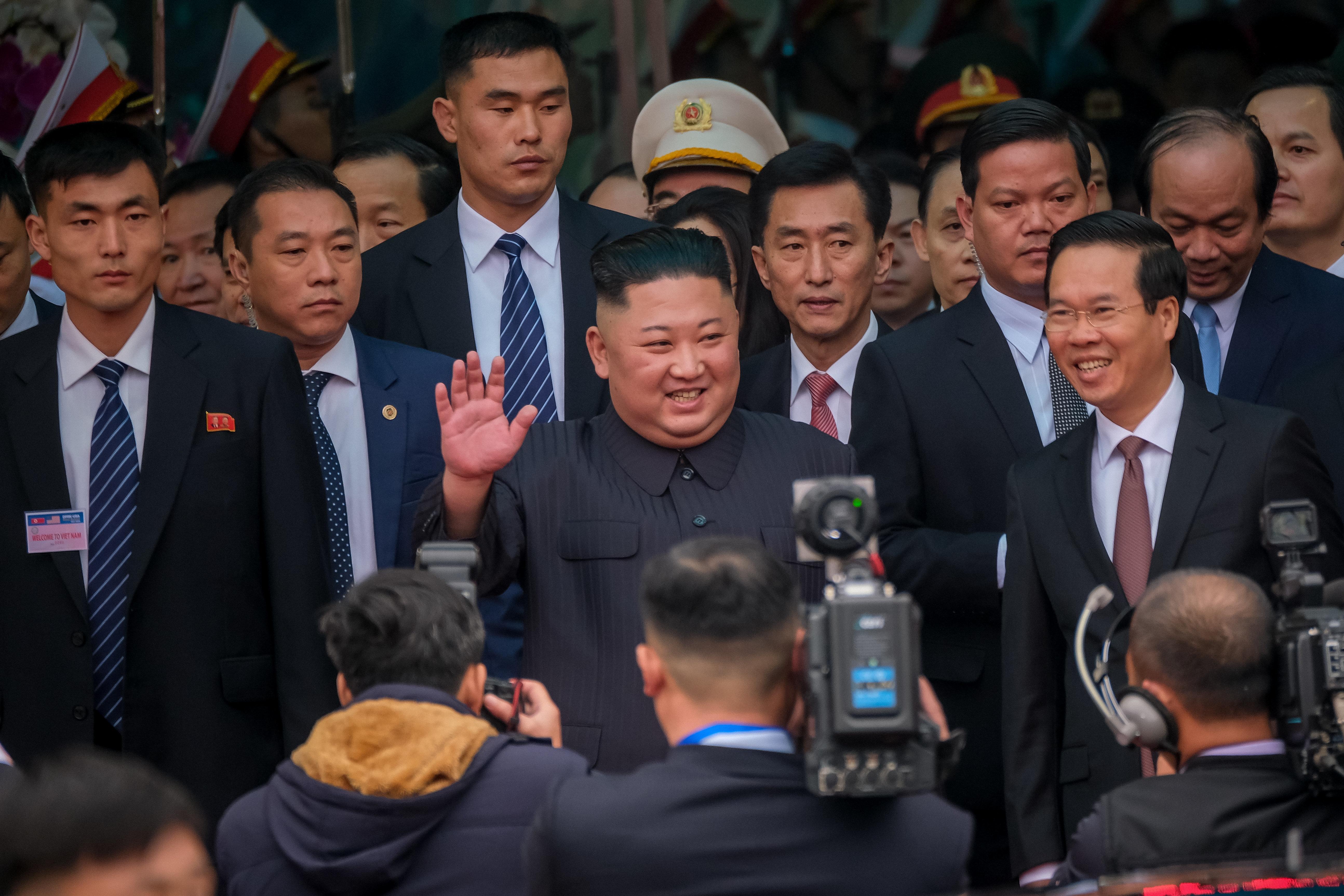 김정은이 베트남 삼성전자 공장 방문에 관심을 표했다고