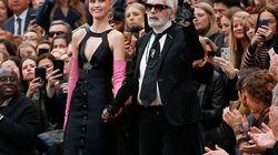 Το πρώτο ντεφιλέ της Chanel χωρίς τον Κάρλ