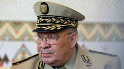 """Ahmed Gaïd-Salah dénonce des """"appels douteux qui poussent des Algériens vers"""