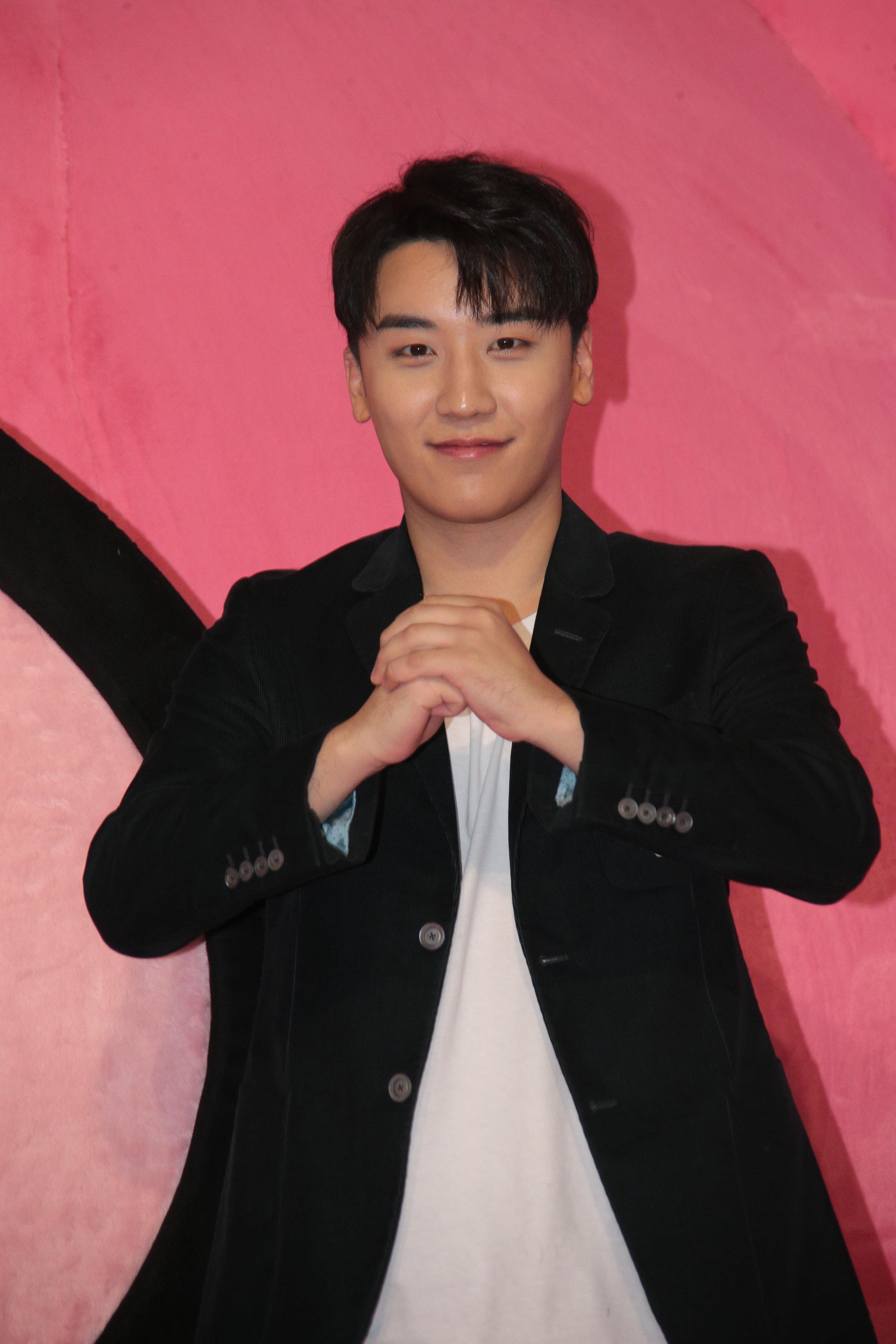 YG가 승리 '해피벌룬 흡입' 논란에 밝힌