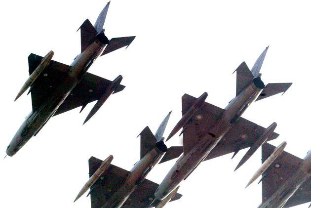 パキスタン空軍のF7戦闘機(資料写真)