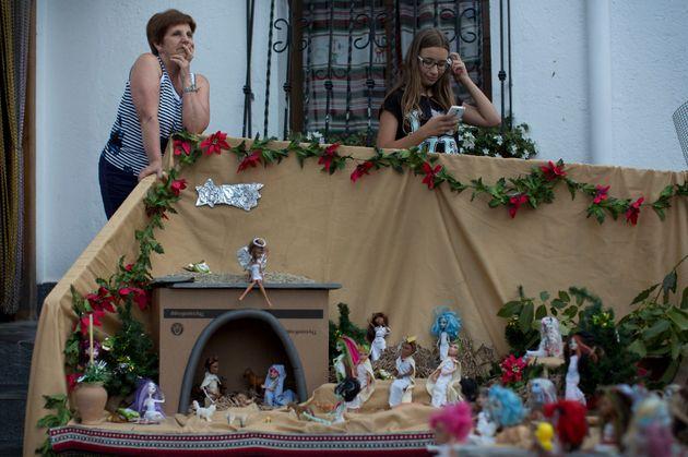 Γιατί αυτή η μικρή ισπανική πόλη γιορτάζει την πρωτοχρονιά τον
