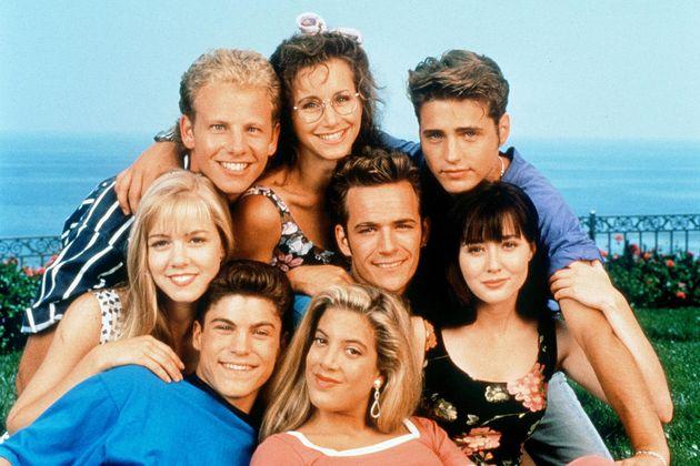 Do grupo principal da série original, apenasShannen Doherty (Brenda) e Luke Perry (Dylan)...