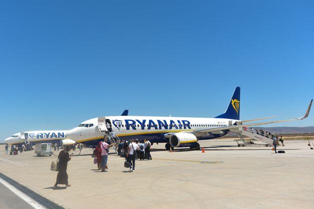 Un avion de la compagnie irlandaise Ryanair à l'aéroport de Fès,