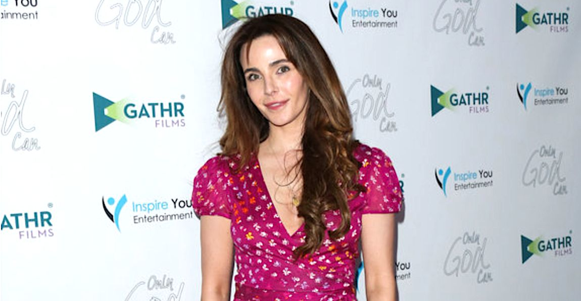 Actress Lisa Sheridan was experiencing dark moments the last few years, a friend said.