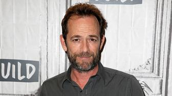 NEW YORK, NY - OCTOBER 08:  Luke Perry attends the Build Series to discuss 'Riverdale' at Build Studio on October 8, 2018 in New York City.  (Photo by Dominik Bindl/Getty Images)