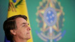 Pela 1ª vez, Bolsonaro fala em idade mínima de 60 anos para mulher