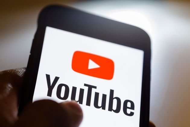 유튜브가 어린이 출연한 영상에 댓글을 차단하겠다고