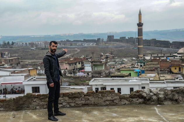 Turquie: à Diyarbakir, faire campagne pour des quartiers