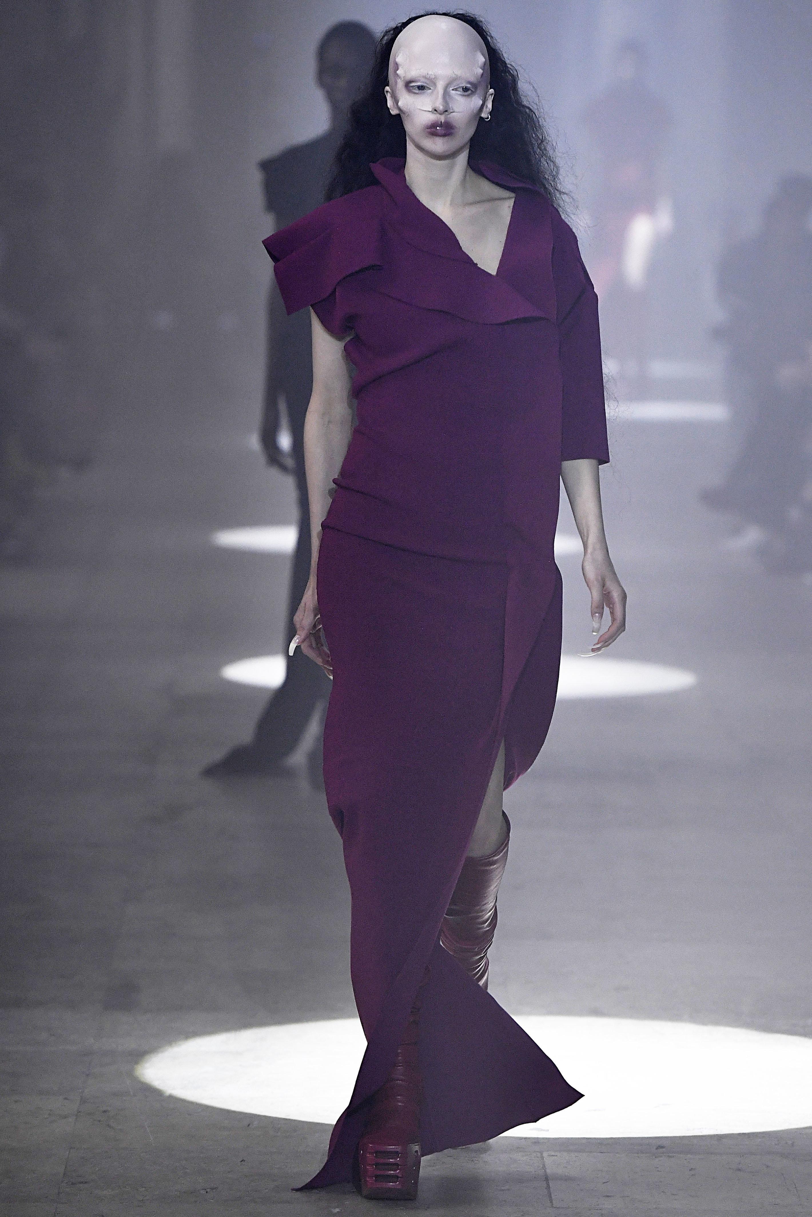 À la fashion week parisienne, le défilé de Rick Owens était le plus