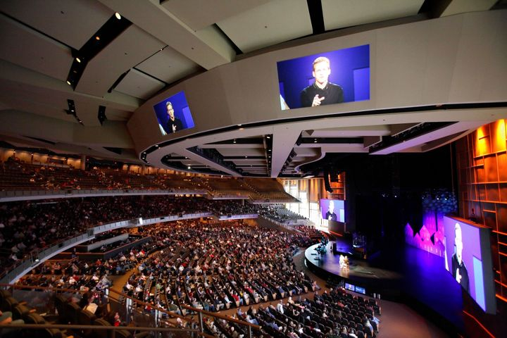 Willow Creek Community Church, an evangelical megachurch outside Chicago, during a Sunday service in November 2005.