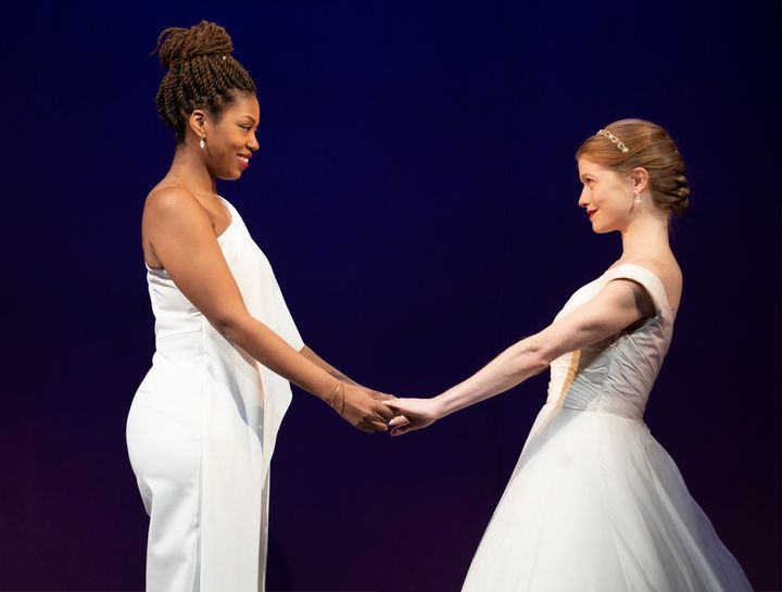 Macy(Marinda Anderson), left, andJen(Genevieve Angelson) play brides-to-be scouting for wedding vendors in