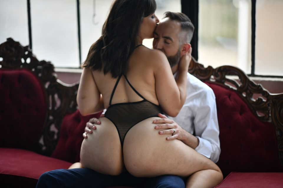Sexy poses for my husband