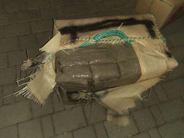 Trafic de drogue: deux arrestations et saisie de 2 tonnes et 328 kg de