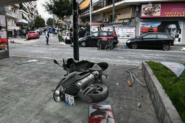 Νίκαια: Επεισόδια μεταξύ οπαδών - Στις φλόγες