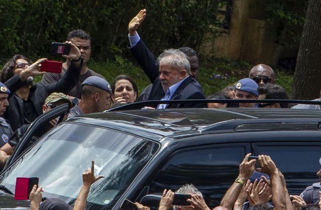 Lula participou do velório do neto Arthur Araújo neste sábado (2) em São...