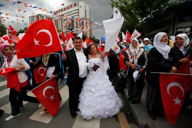 Τουρκία: Λιγότεροι γάμοι - περισσότερα διαζύγια και ...ο ρόλος των Γερμανών