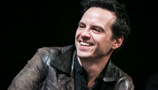 Fleabag's Andrew Scott On Why LGBTQ+ Actors Shouldn't Be Typecast, And Chemistry With Phoebe