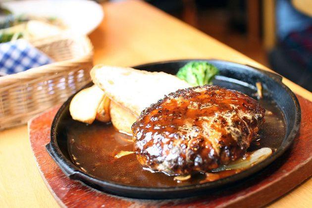 ハンバーグステーキのイメージ画像(Flickrより)CC BY 2.0
