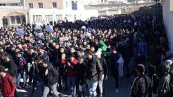 Marches des étudiants et des avocats dans plusieurs villes contre le 5e