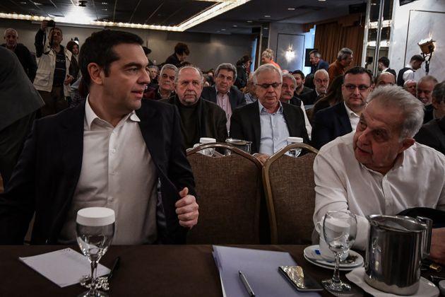 Τσίπρας στην ΚΕ ΣΥΡΙΖΑ: Νέο «προσκλητήριο» στο προοδευτικό