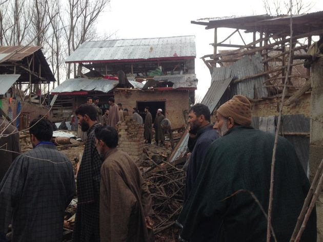 After 4-Day Handwara Encounter, Villagers Stare At