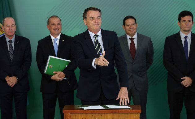 Frente anunciada por Bolsonaro será formada por Ministério da Justiça e Polícia...