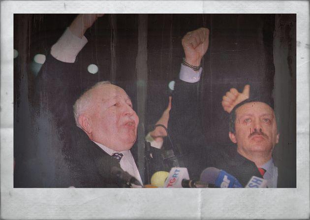 Erdogan (rechts) begann seine Karriere in der islamistischen Wohlfahrtspartei von Necmettin Erbakan (links). 1998 wurde sie verboten, Erdogan wanderte mehrere Monate ins Gefängnis.
