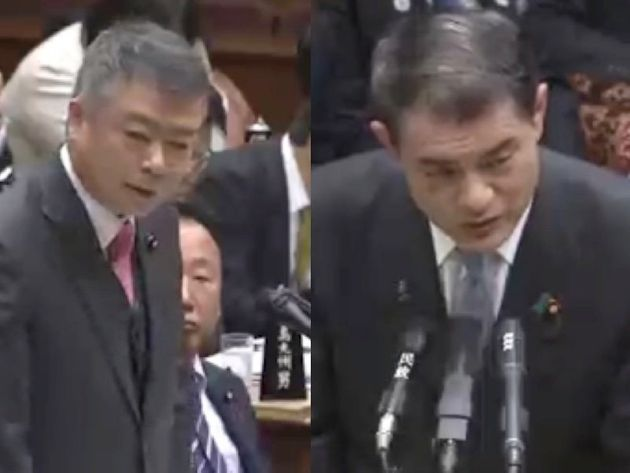 櫻井充氏(左)と柴山昌彦文部科学大臣(右)