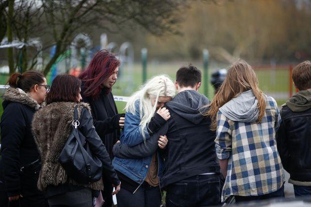 Βρετανία: Εκατόμβη νεκρών εφήβων από τον «πόλεμο των