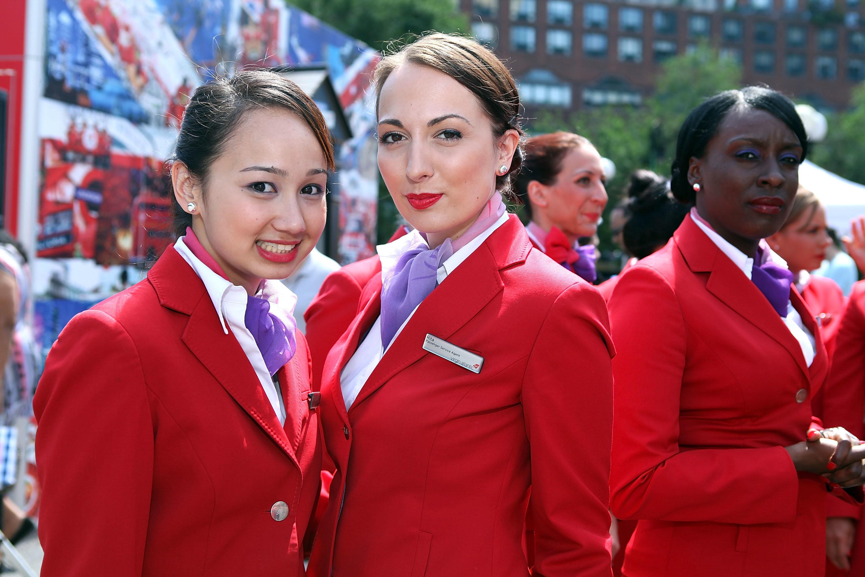 化粧しないキャビンアテンダントもOK。ヴァージン航空が、メイクフリー宣言。
