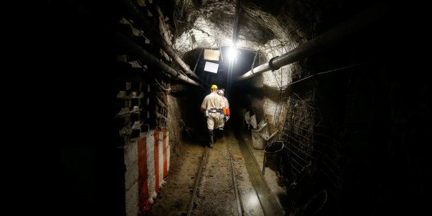 More Than 900 Trapped Underground In Free State