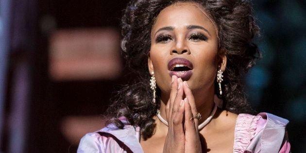 South African soprano Pretty Yende as 'Rosina' in the final dress rehearsal of the Metropolitan Opera/Bartlett...