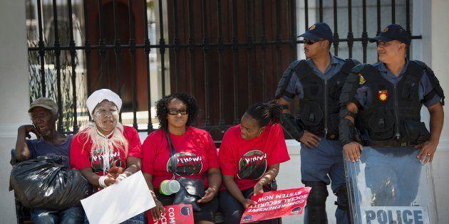 Gauteng Health Department Denies Untrained Staff Perform