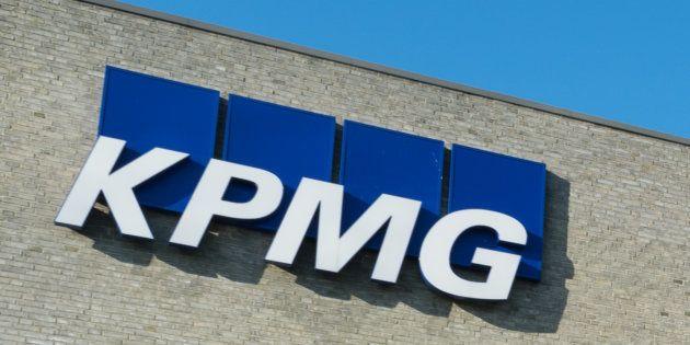 Former KPMG Executive Quits Alexander Forbes After Gupta Wedding