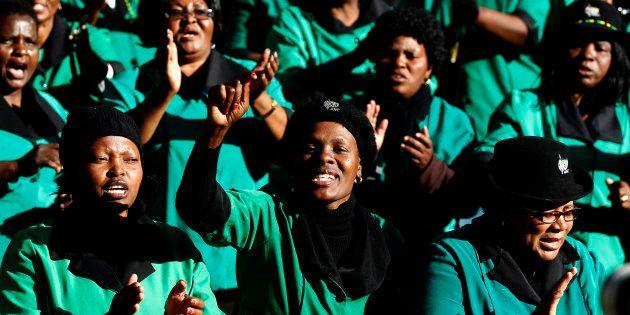Photo: REUTERS/Siphiwe
