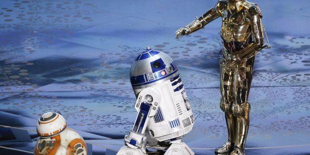 BB-8, R2-D2 and C-3PO (L-R) perform at the 88th Academy Awards in Hollywood, California February 28,