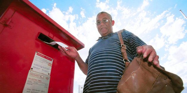 SA Post warns against people who want customers to pay R2,500 for parcel